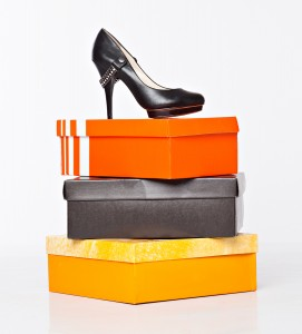 bigstock-fashion-shoes-on-the-boxes-is-26048735